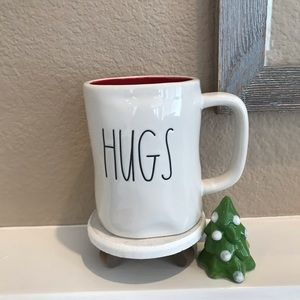 Rae Dunn hugs kisses mug